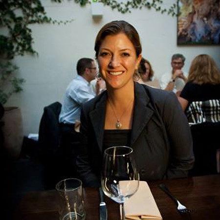 Photo of Shelley Lindgren