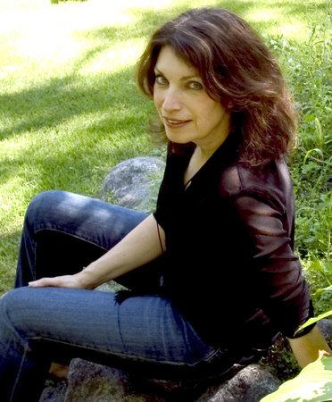 Photo of Linda Holeman
