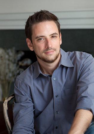 Photo of Jamie Holmes