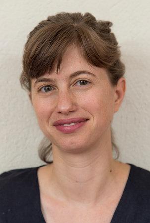 Photo of Lauren Hilgers