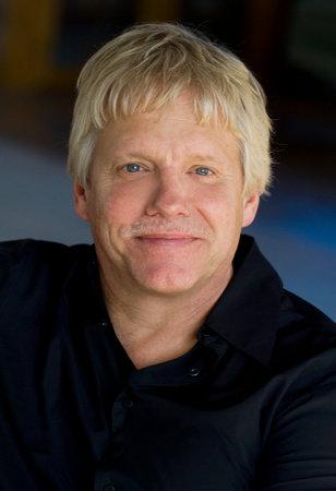 Image of Robert Alexander